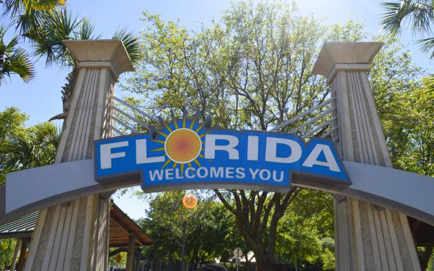 'Florida Welcomes You' sign