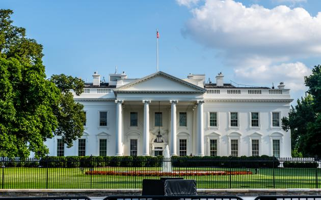 Front view of the White House on a sunny day