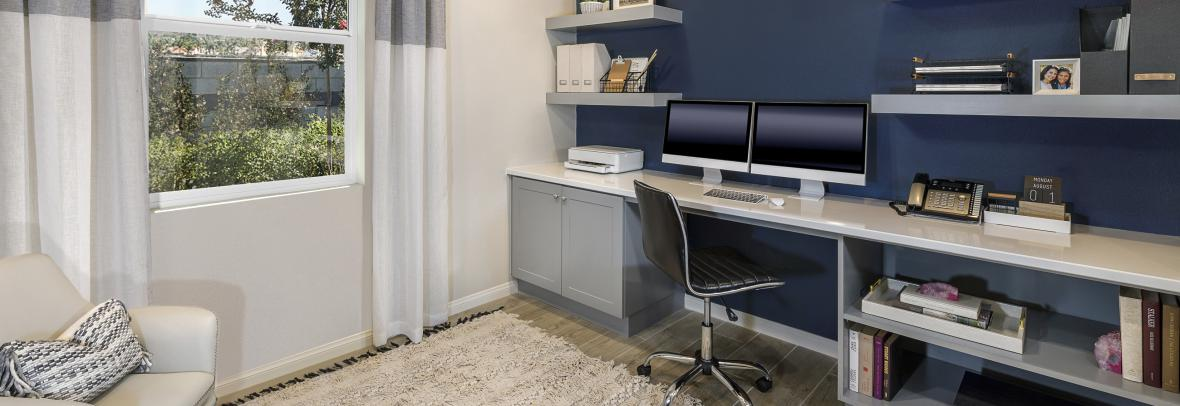 KB Homes home office option with desks and computers